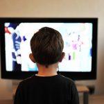 2歳児からのテレビの見すぎは要注意